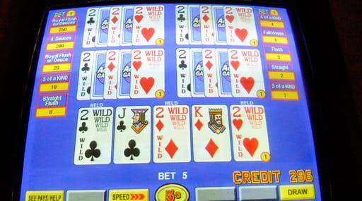 オンラインカジノのビデオポーカーは人気のゲーム